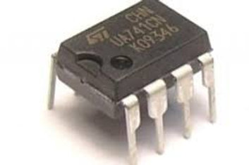 Amplificador Opercional 741