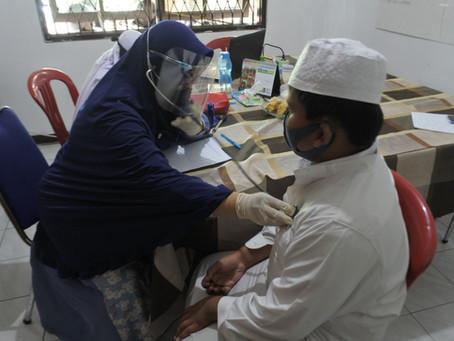 Yatim Sehat Selama Pandemi, LAZISNA Lakukan Pemeriksaan dan Pemberian Suplemen kepada yatim binaan.