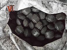Угольный брикет  из антрацита в мешке 2.