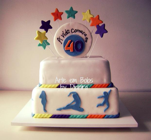 Arte em bolos bolos cenogrfico de aniversrio lindos bolo decorado 40 anos thecheapjerseys Images