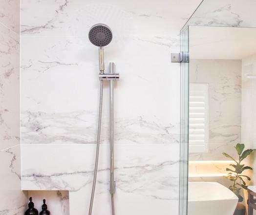 Tarrawana Main Bathroom