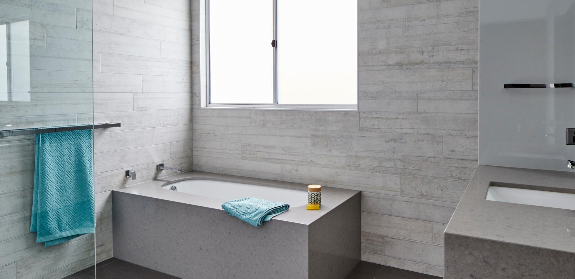 Corrimal main bathroom