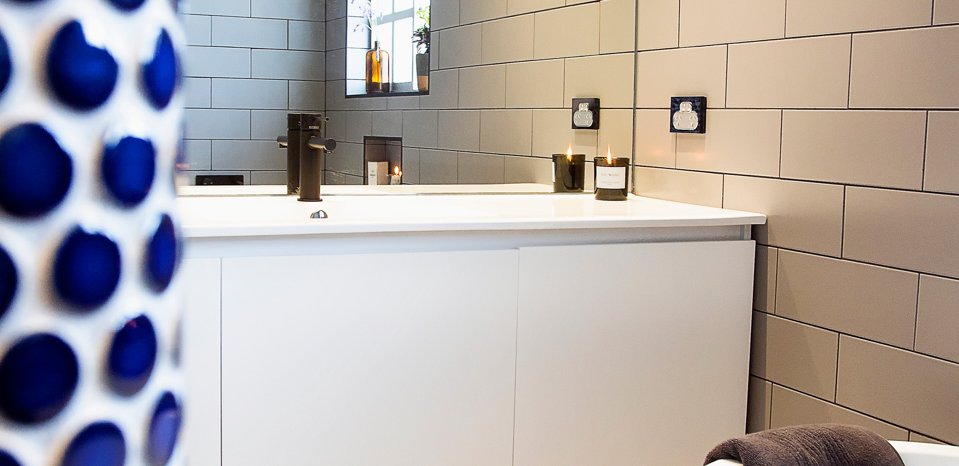 Woonoona Bathroom .jpg