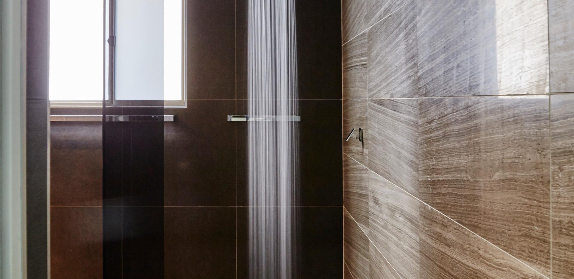 Corrimal Walk in Shower