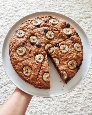 Vegan chocolate chip banana bread cake