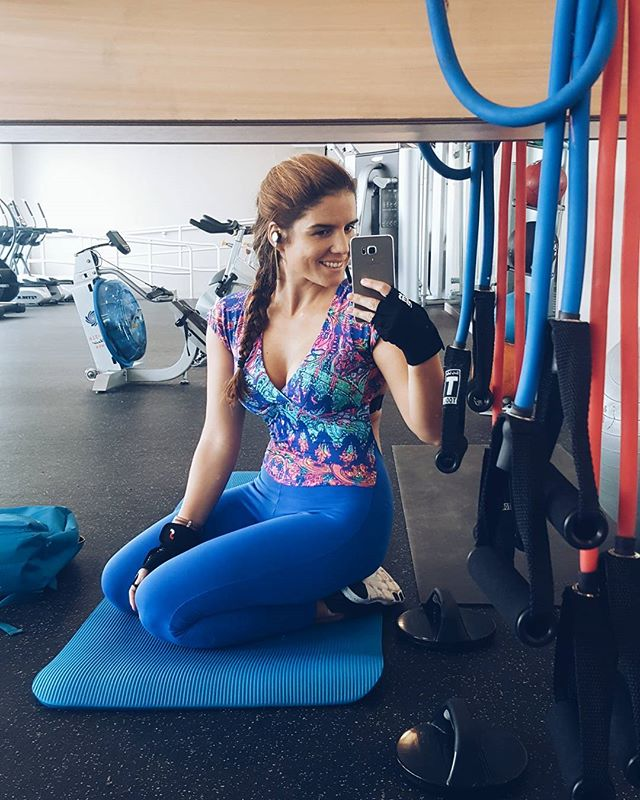 Friday is always better when you manage to burn the calories you'll end up eating later 😂 #friday #weekend #workout