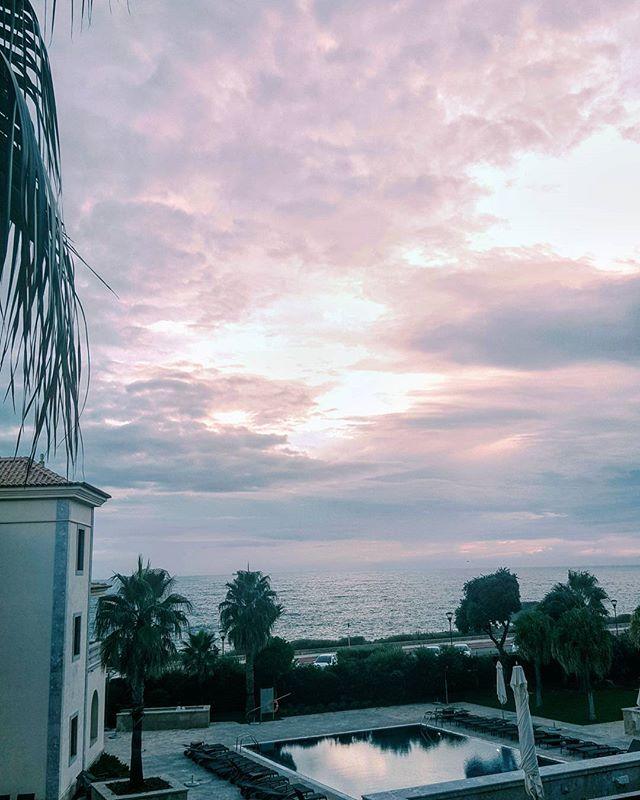 Escolhi o meu lugar preferido para a despedida ❤ I choose my favourite place to say goodbye ❤ #hotelgranderealvillaitalia #cascais #portugal