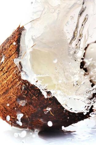 Is coconut oil saturated fat bad for you?/ A gordura saturada do óleo de coco faz mal?