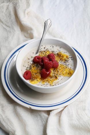 Coconut berry breakfast