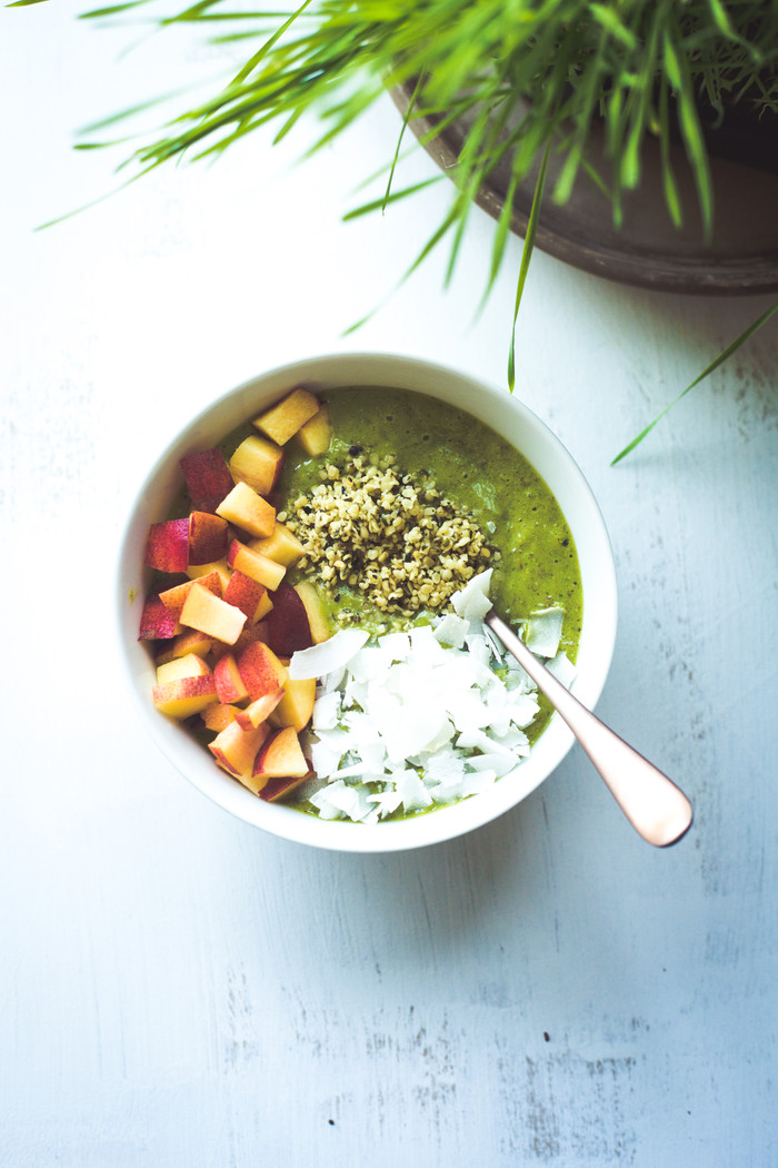 Wheat grass super green smoothie bowl