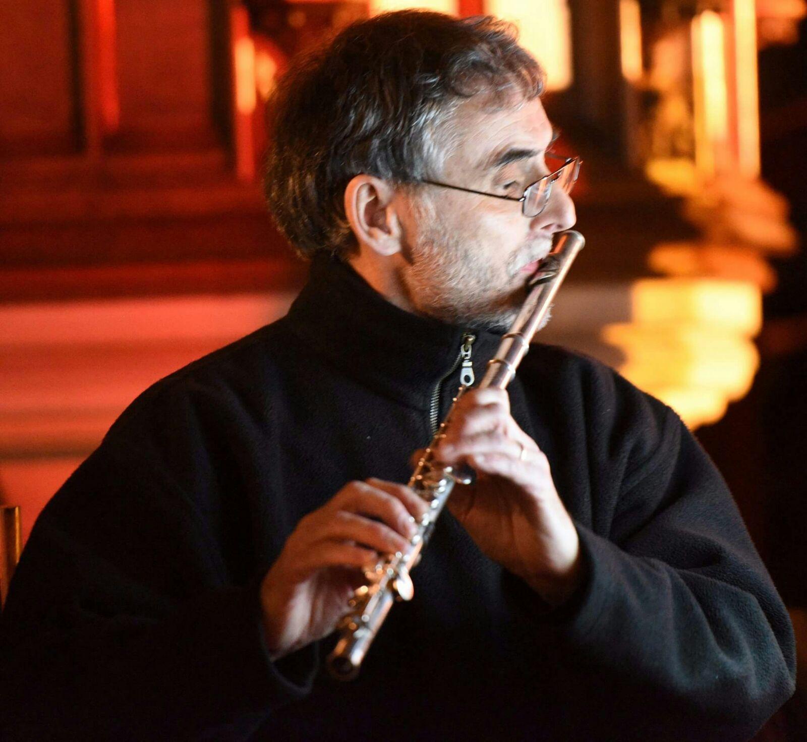 Ian McLachlan - Flute