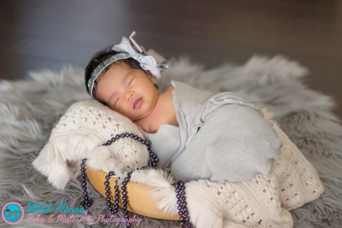 Newborn baby photo with pearls san diego