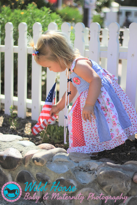 Free to dream toddler photographer San Diego