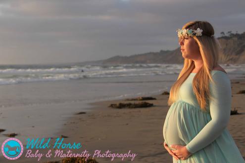 maternity sunset photoshoot