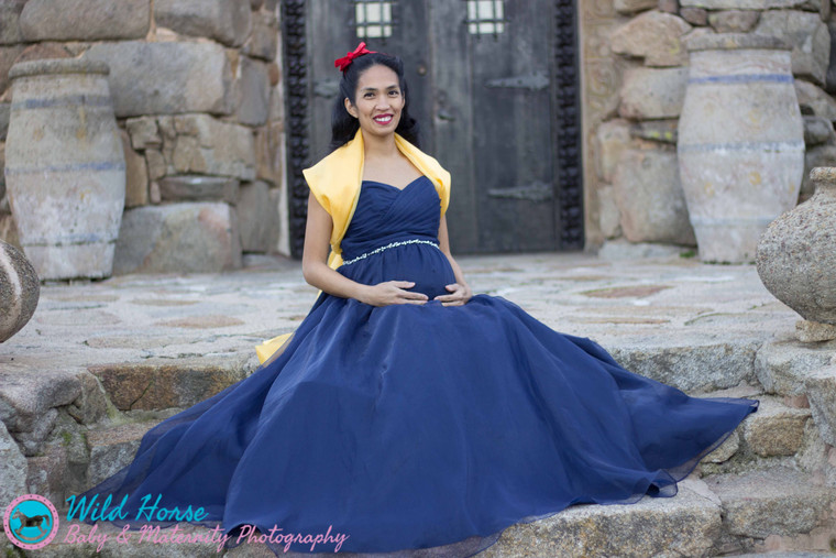 Snow White _ the prettiest one of all Disney Maternity