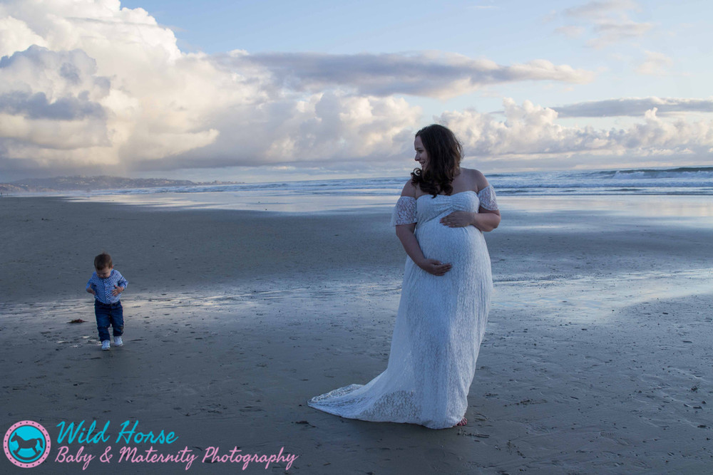 Del Mar Beach maternity photo session De