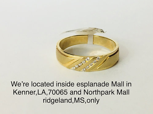 14K YELLOW GOLD WITH 0.10CT DIAMOND MALE BAND