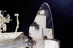 sts113-306-011