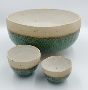 Bowls with fish scale design