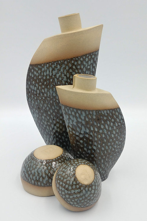Set of 2 vases and a small bowl