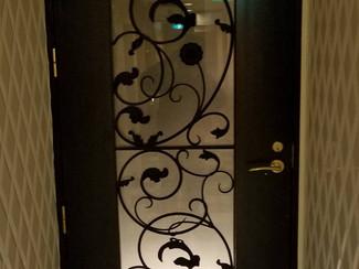 ドア、作り替え修理