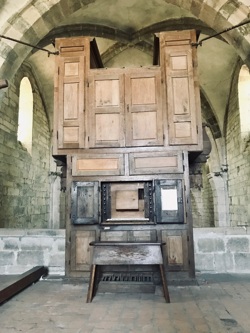 Orgue vu de la tribune (console ouverte)