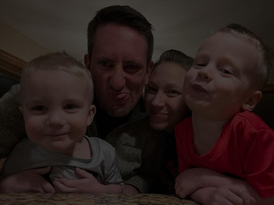 Goofy Family_edited.jpg