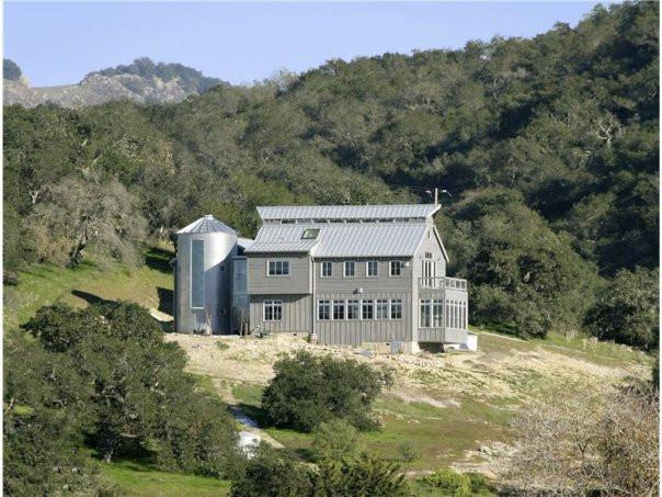 Modern Farm House-1.jpg