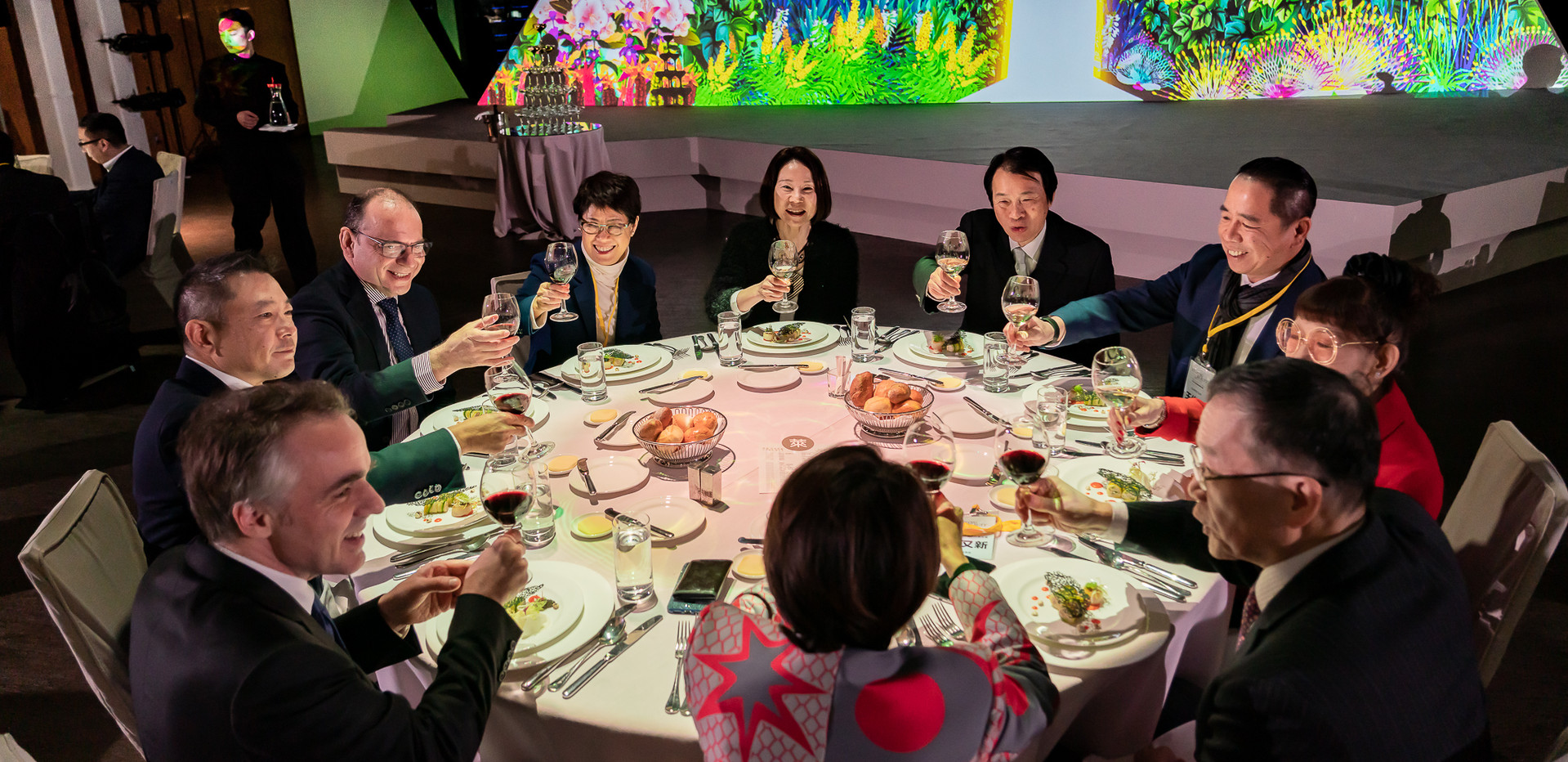 精華搶先報0177-2019_01_24-萊雅共享美麗永續論壇暨晚宴.jpg