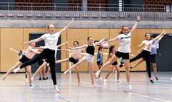 showTEAM Dance Compagnie