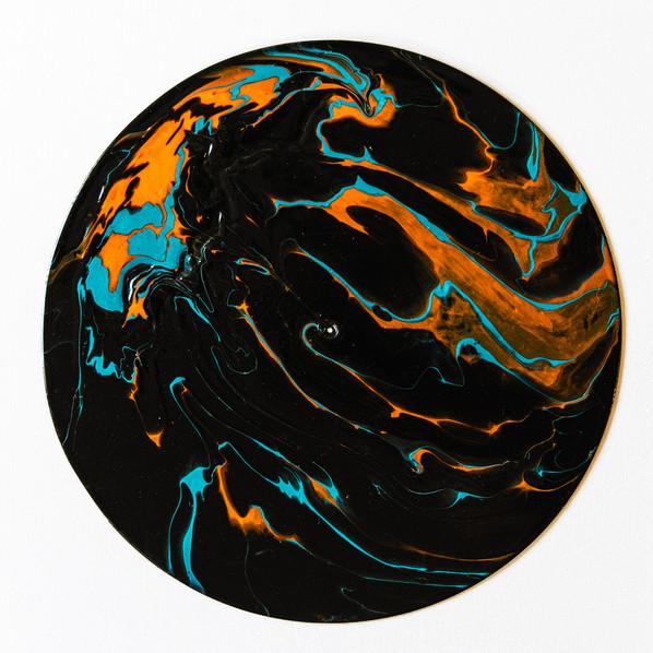 Vinyl Pour 105