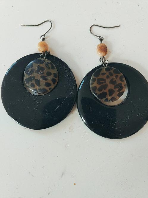 black & brown earring