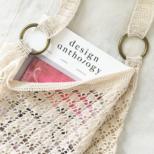 The bohemian tote bag natural.