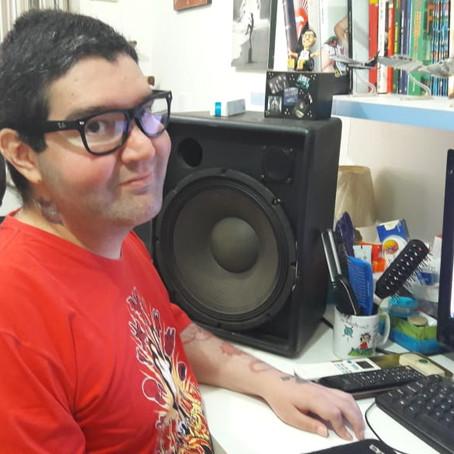 Pedro, um jovem jornalista brasileiro