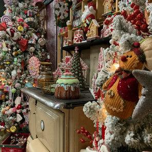 Ornament Shoppe