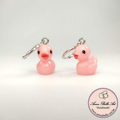 Little Anna roze eendjes oorbellen - zilveren gesloten ringstekertjes