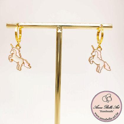 Little Anna Line unicorn oorbellen - roze-wit - goudkleur met gesloten oorhaakje