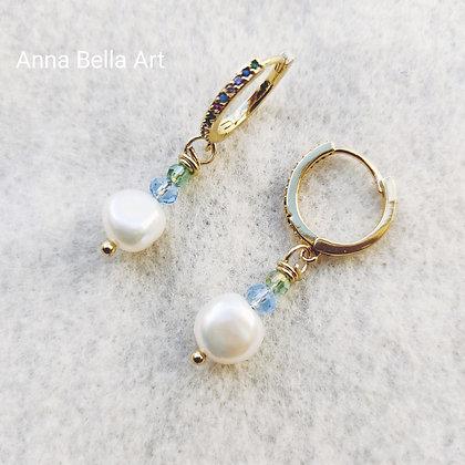 Anna zoetwaterparel oorbellen - Wit - Swarovski kristal blauw groen ... - Goudkl