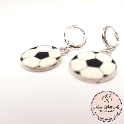 Little Anna voetbal oorbellen - zilveren gesloten ringstekertjes