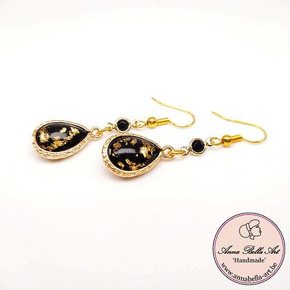 Anna Line druppel oorbellen - Zwart met bladgoudparel - Goudkleur