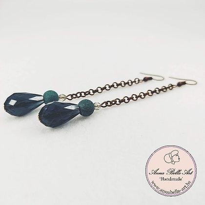 Anna Line druppel oorbellen - Donker aquamarijn kristal en natuursteen - brons