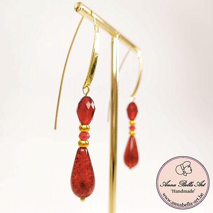 Anna Line glasparel met glitter oorbellen - rood en goud - lange steker