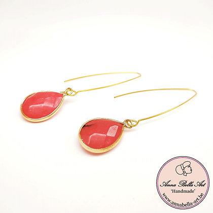 Anna Line natuursteen oorbellen met lage steker - natuurlijk rood - goud