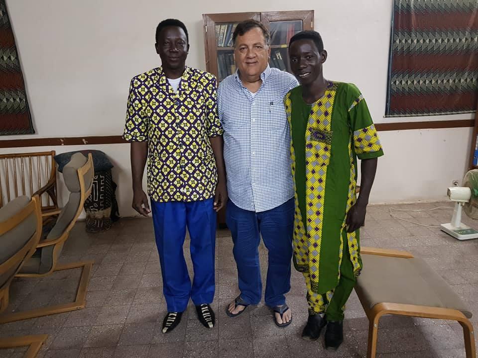 43788205_10215771219727713_1631389691834Supervisión en África, Guinea Ecuatorial y Camerún