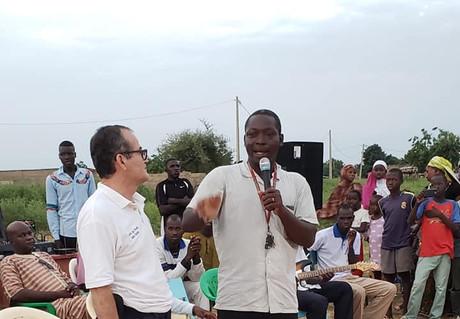 44196113_2181852662102473_77959677236404Supervisión en África, Guinea Ecuatorial y Camerún