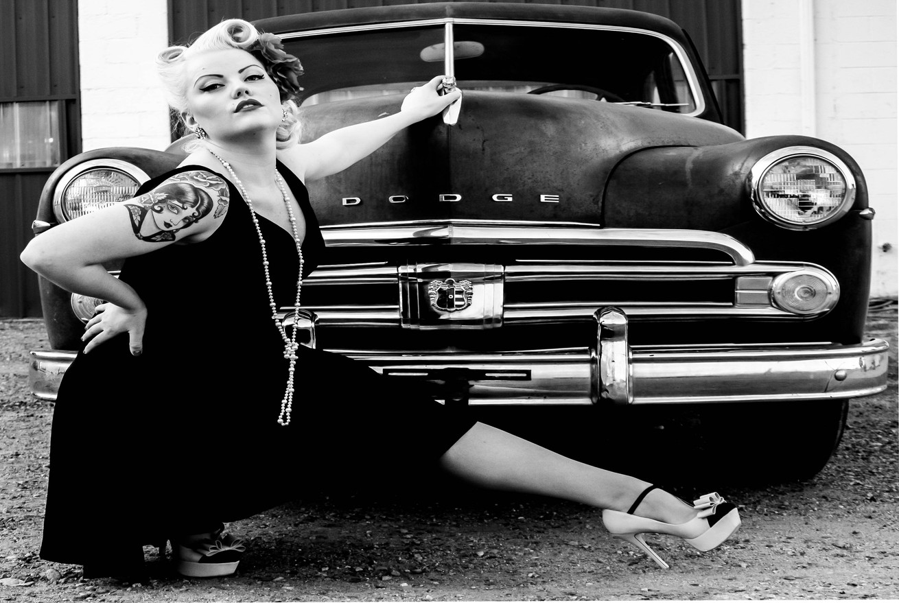 Black & White Pin Up Photographer