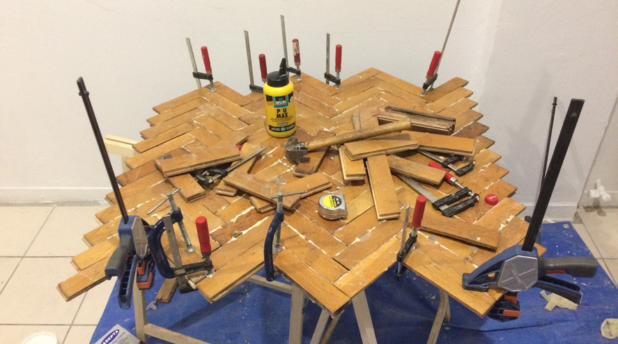 assemblage and clamping pieces together
