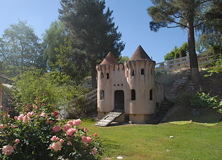 Castle full shot with flowers 4.jpg