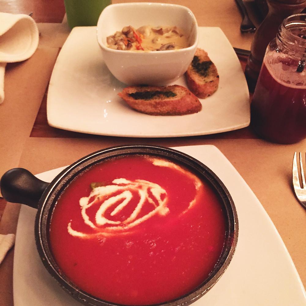 Sopas en Suna, restaurante de comida saludable