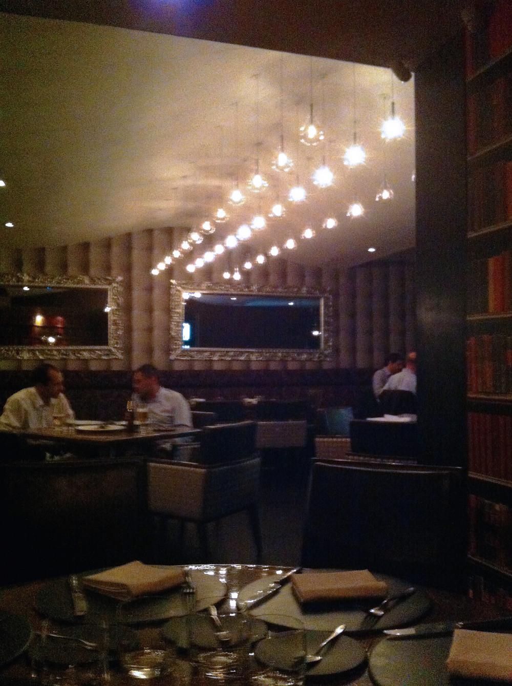 Fachada del restaurante Criterión, hermanos Rausch